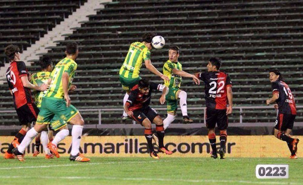 Aldosivi decepcionó y cayó con Colón en el debut