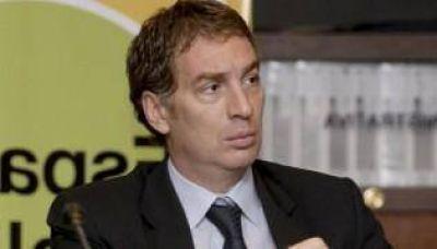 Diego Santilli recibirá a tres Premio Nobel