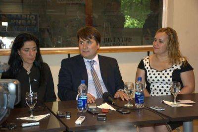 Denuncian que municipios de Cambiemos se hacen �favores� y se �reparten los �oquis�