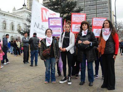 Agrupaciones de izquierda exigieron la creación de refugios para mujeres víctimas de violencia
