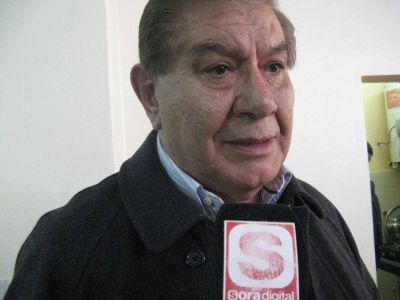 Pereyra se re�ne ma�ana con YPF
