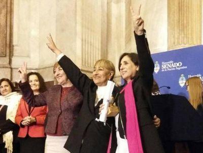 El Senado Nacional distinguió a la profesora formoseña Juana Verón