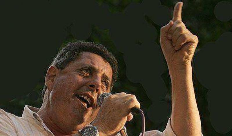 """Para De Angeli, el Gobierno quiere """"enfrentar al campo"""""""