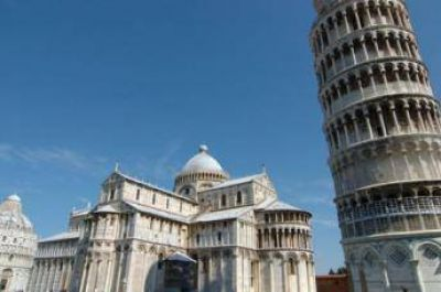 Ciudadanos de Pisa recaudan firmas para referéndum sobre la construcción de una mezquita