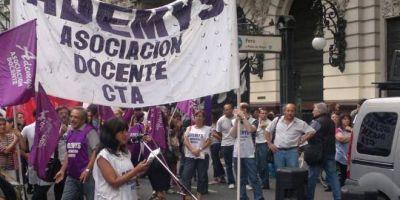 """Gremio docente contra la jornada extendida en la Ciudad: """"Es una virtual privatización"""""""