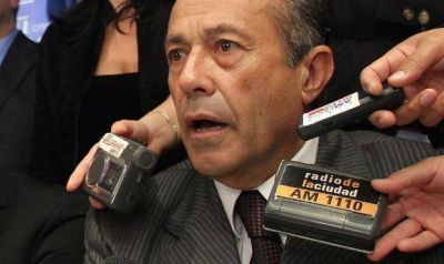 """Rodríguez Saá advierte que por """"pacto"""" a favor del presupuesto se evitan cambios a la Ley de Acceso a la Información"""