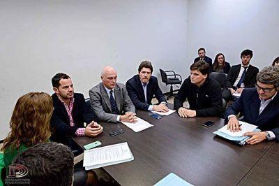 La comisión de intereses marítimos se reunió con el subsecretario Lobbosco