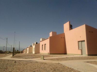 Entrega de viviendas en barrio Francisco I