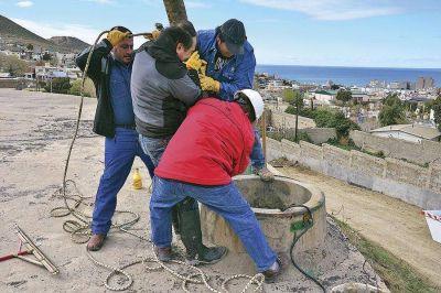 Agua: después de 10 años la SCPL limpió a fondo la cisterna del Pietrobelli