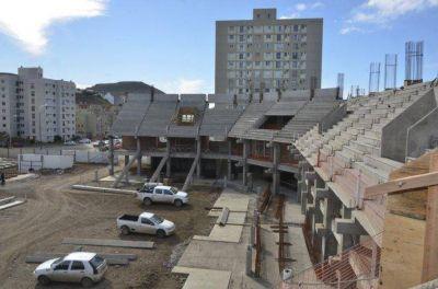 Linares volvió a reclamar por las obras que están paralizadas por la desidia de Nación