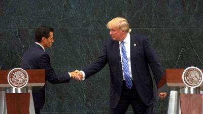 De visita en México, Trump defendió el polémico muro en la frontera