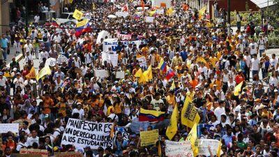 Toma de Caracas: la oposici�n venezolana sale a la calle en medio de las amenazas y detenciones del r�gimen de Nicol�s Maduro