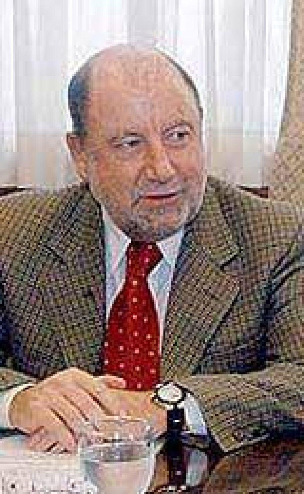 "Busti: ""Reutemann no es imprescindible"""