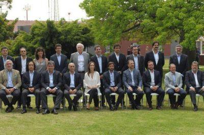 Ferrari, Villegas y Cenz�n, los tres m�s acaudalados del gabinete de Mar�a Eugenia Vidal