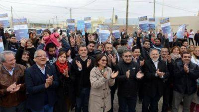 Corpacci entregó 30 nuevas viviendas en el complejo urbanístico Valle Chico