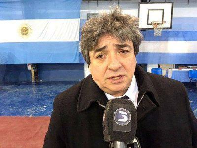 """Becerra cuestionó la """"actitud destructiva"""" de ediles opositores"""