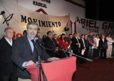 La cercanía a Macri divide a los radicales tucumanos