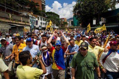 Aerolíneas Argentinas no volará a Caracas por las protestas contra Maduro