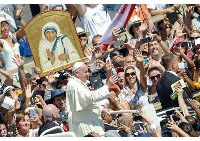 """""""Yo soy sacerdote gracias a Teresa de Calcuta"""