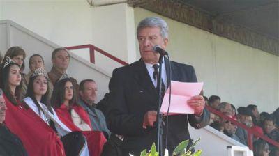 Juan Emilio Colombo hizo reclamos varios con Bucca, Morán y Mosca en el palco