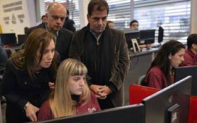 Vidal visitó el Centro de Monitoreo de Lanús