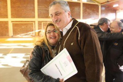 """Titularización de tierras: """"Estamos haciendo un acto de reparación histórica"""", aseguró Passalacqua"""