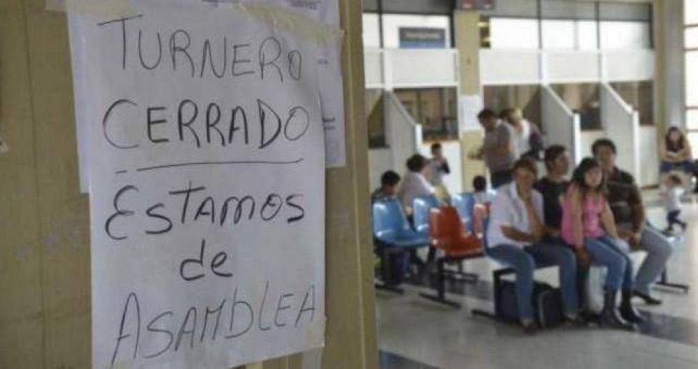 Protesta en hospitales cordobeses por despidos