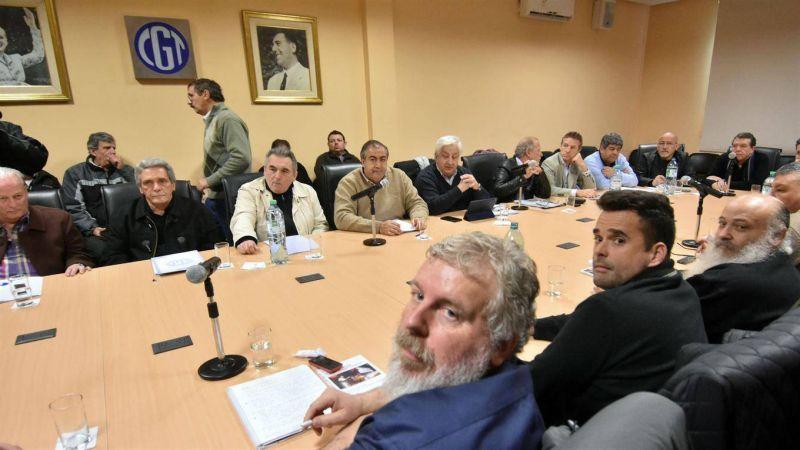 La CGT y los movimientos sociales acordaron unir sus reclamos contra el Gobierno