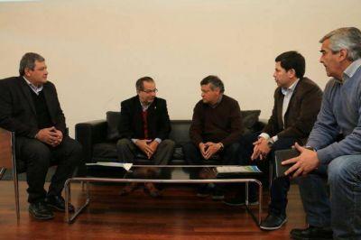 Peppo y el intendente Cipolini debatieron ordenamiento de barrios tomados en Sáenz Peña