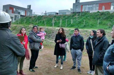 Desarrollo Urban�stico: Beneficiarios de Riva recorrieron la obra