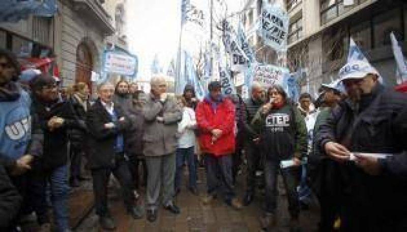 Marcharon por la Emergencia Social en la Ciudad