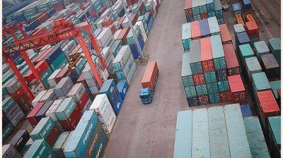 Industriales negocian cupos con el Gobierno para regular importaciones el año que viene
