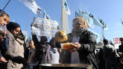 Piqueteros instalar�n 100 ollas populares y cortar�n el tr�nsito en distintos puntos de la Ciudad