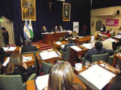 Castellano desempató y salvó el acuerdo entre Posse y el PRO