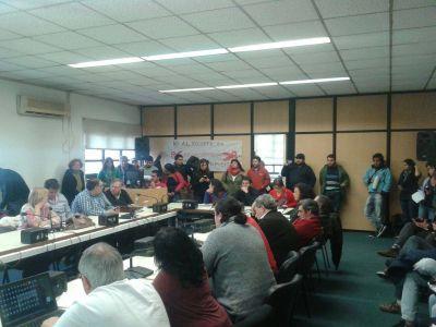 Estudiantes de la UNLu analizan un plan de lucha ante la crisis
