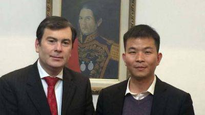 Gerardo Zamora recibi� al representante en Argentina de Power China