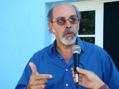 Asistirá Ibáñez a una reunión que fue convocada por Prat Gay