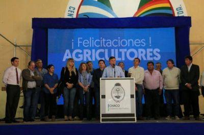 Peppo anunció asistencia financiera e infraestructura rural para agricultores