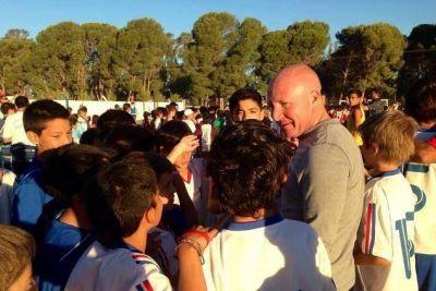 Naci�n gira 2 millones para 20 escuelas
