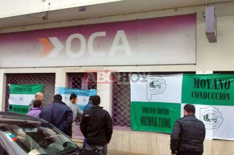 Camioneros realiz� una protesta contra Oca en Tandil
