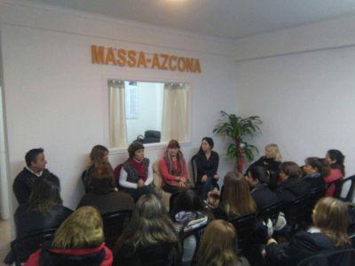 Violencia de G�nero: Disertaci�n en el local del Frente Renovador