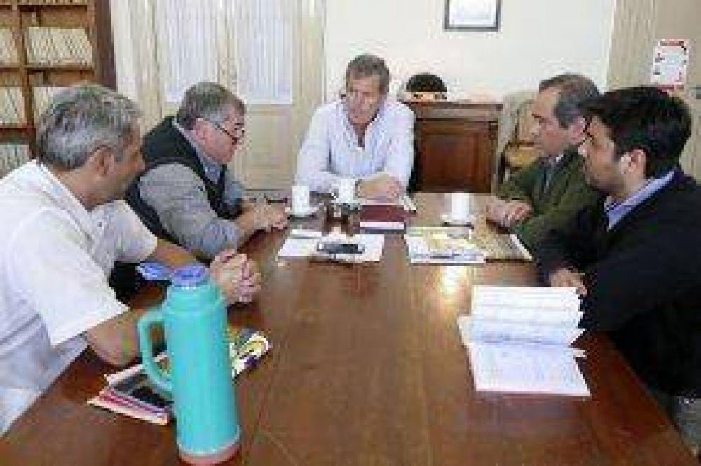 Reunión de la Comisión de Salud con directivos del Hospital Pintos