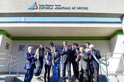 Andreotti y Massa inauguraron la Escuela Municipal de Oficios