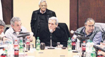 Macri reacciona a pacto CGT con piqueteros y abre di�logo