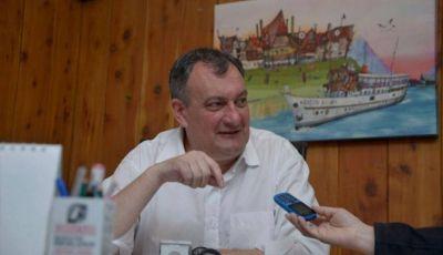 Gennuso propuso modificaciones al organigrama municipal