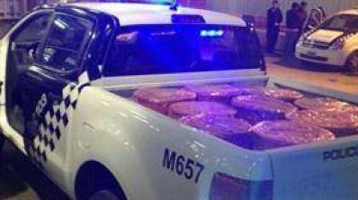 Fuerte puja interna en el Gobierno por la detección del cargamento de drogas