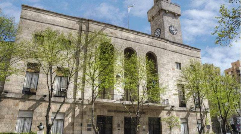 Fracas� la reuni�n en el Ministerio de Trabajo y contin�a el paro de municipales