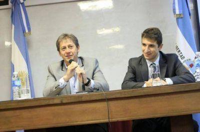 """Vischi: """"Modernizar el Estado es formar a los empleados públicos para ser más eficientes"""""""