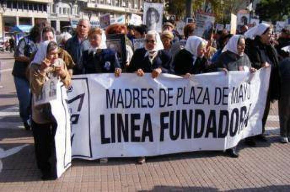 Madres de Plaza de Mayo apoyan a