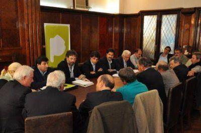 Mesa Agropecuaria Provincial: antes de fin de año se licitarían obras del Salado